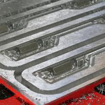 Großformatige-Aluminiumplatten-fräsen