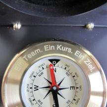 Laserbeschriften Messing Kompass